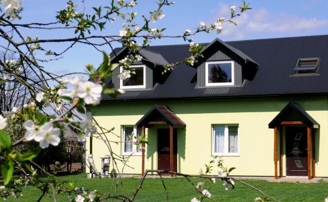 Front domu Pod brzozami