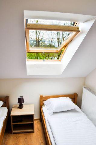 Pod akacjami trzy osobowy pokoj